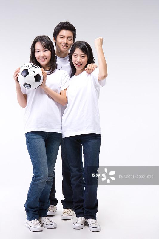 度文化 男人 照片 微笑 青年男人 青年女人 足球运动 青年人 人 概念