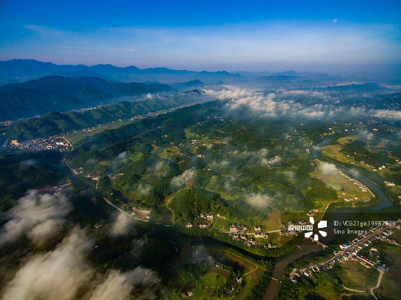 新 人间天堂 宜宾 雾 四川省 中国西南部 森林 户外 风光 风景 自然美 图片