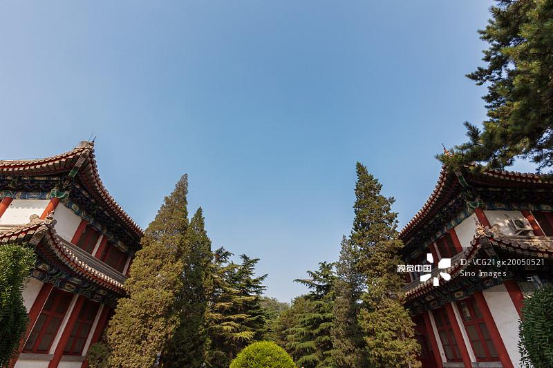 大学 无人 古典式 文化 古典风格 当地著名景点 建筑 宏伟 国内著名景点 图片