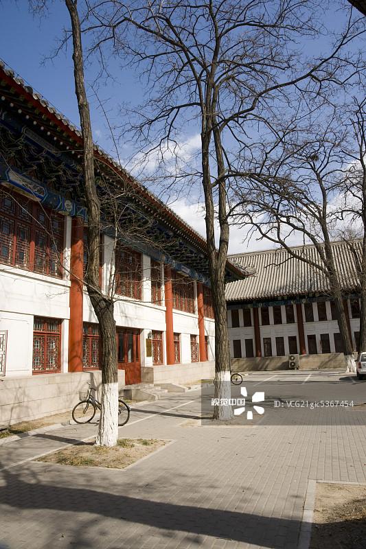 典风格 协调 北京大学 万里无云 旅行 日光 蓝色 与摄影有关的场景 亚图片