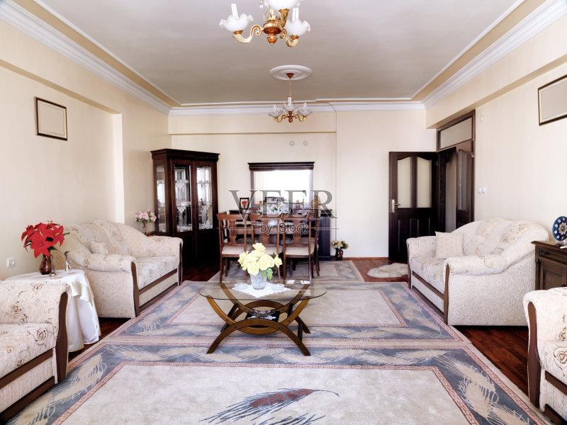 装饰 起居室 装修 无人 家居开发 新的 建筑物门 家庭工作间 里面