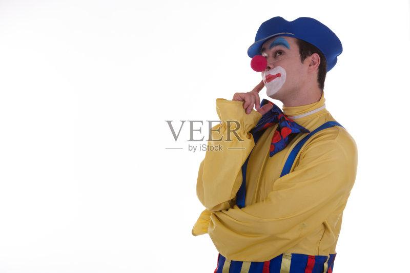 剧表演 演员 模仿 帽子 乐趣 白人 生日 假发 小丑 喜剧演员 多色的 庆
