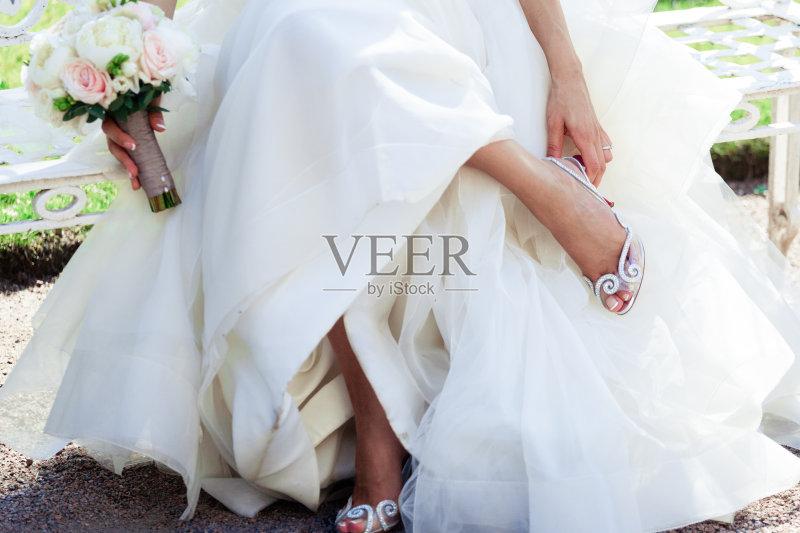衣服 婚礼 新娘图片
