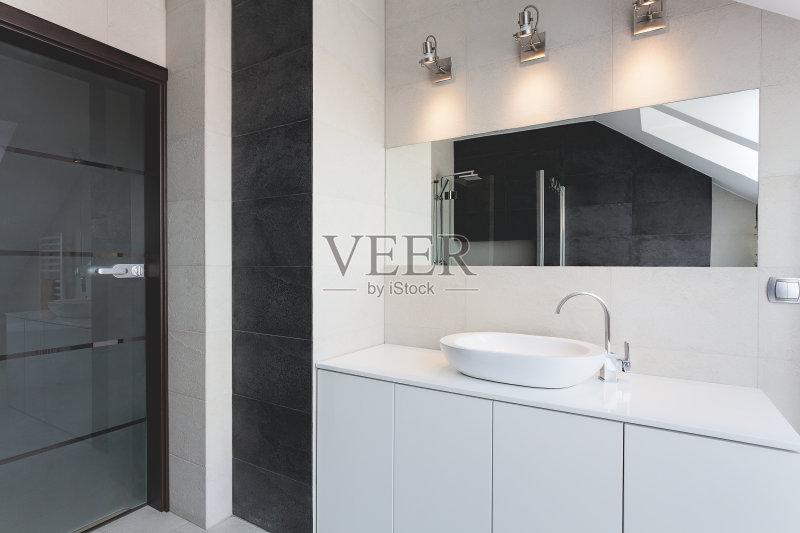 水盆 室内 厕所 镜子 现代 二等兵 时尚 豪华酒店 房地产 华贵 椭圆形 图片