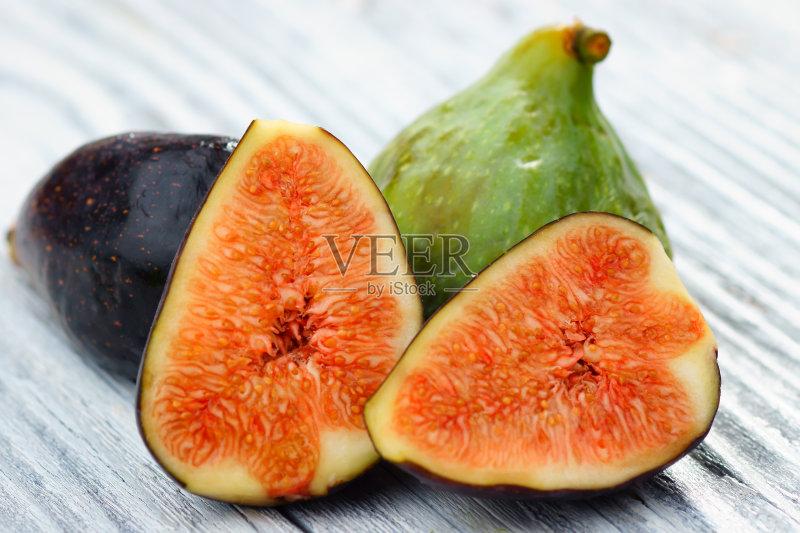 食 白色背景 无花果 熟的 份量 食品 弯曲 切片食物 紫色 水果 饮食 木