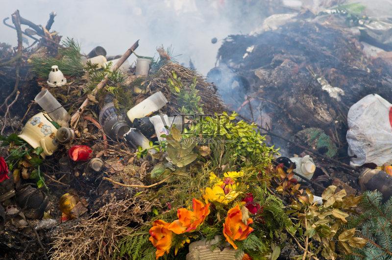 境 暗色 风 垃圾 危险 环境损害 烟 肮脏的 自然 垃圾场 燃烧 拿着 黑色