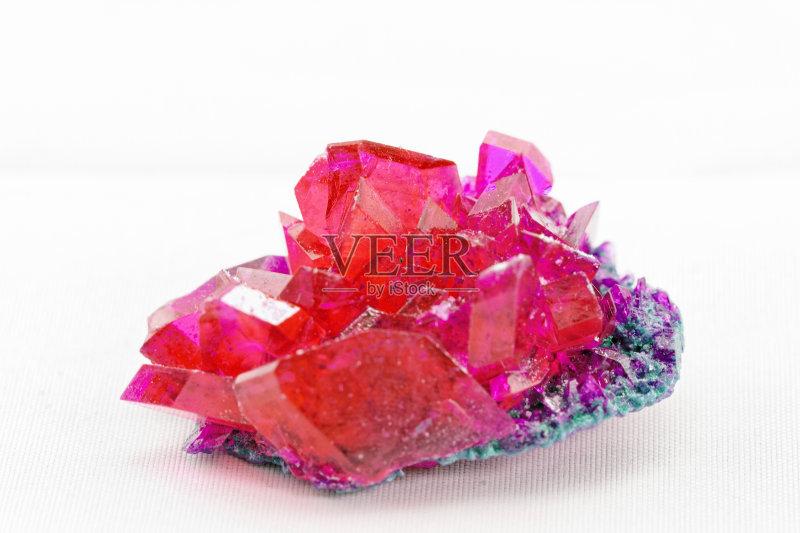 石材 矿物质 自然美 一个物体 华贵 实验室 物理学 化学 红色 形状 自然