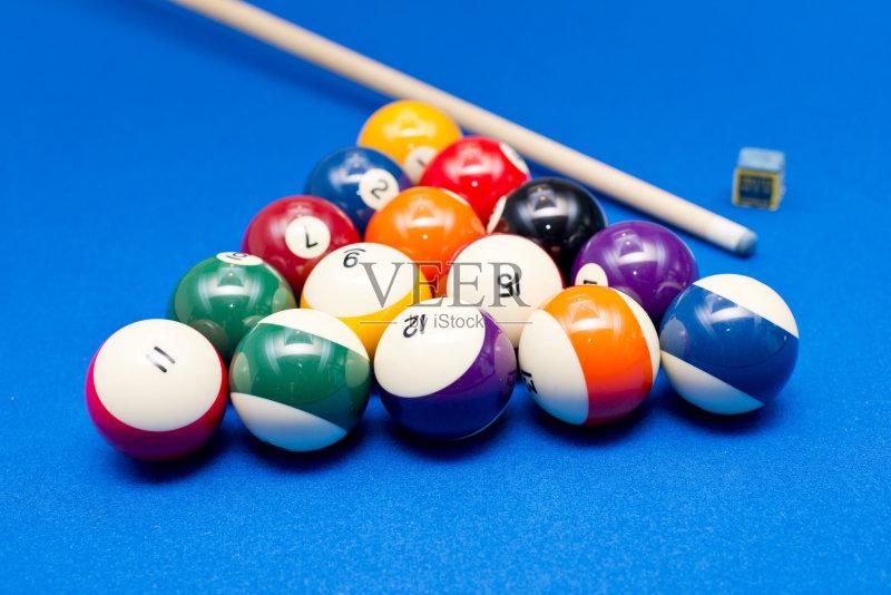 活动 斯诺克台球 匕首 蓝色 乐趣 桌子 运动 桌球台 斯诺克 多色的 台球 图片