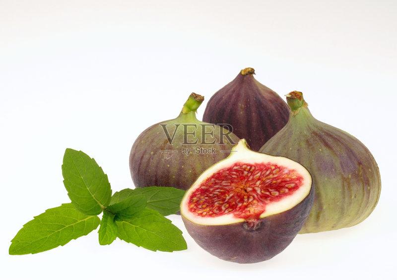 无花果 水果 无人 熟的 热带水果 浆果 绿薄荷 薄荷叶 影棚拍摄 白色背景