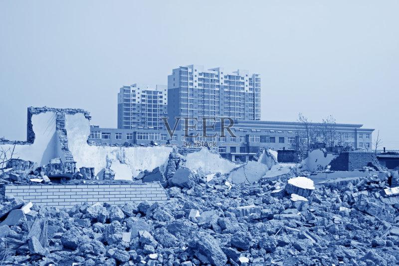材料 坏掉的 垃圾 建筑业 暴风雨 墙 陆用车 工程 天空 海啸 龙卷风 亚