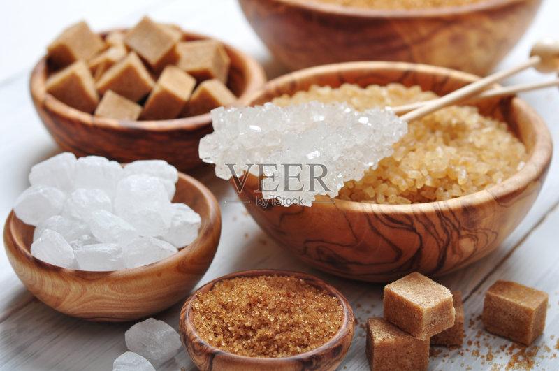 碗 咖啡馆 调料 木制 香料 多样 白色 成分 甜食 美味 吃 桌子 无人 尝 棍