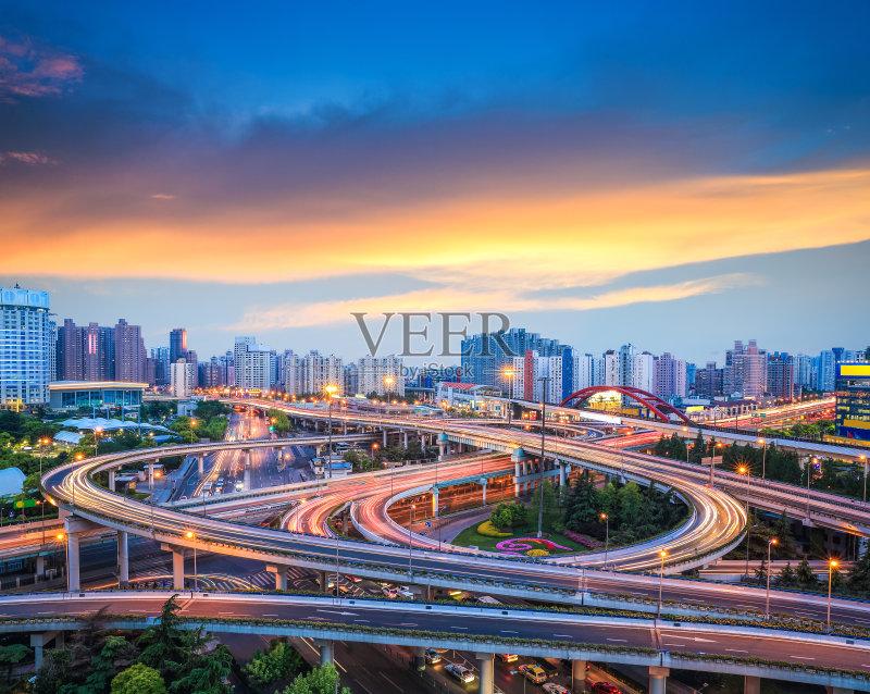 立交桥- 现代 街道 立交桥 户外 公路 日落 城市 无人 都市风景 中国文化 路口