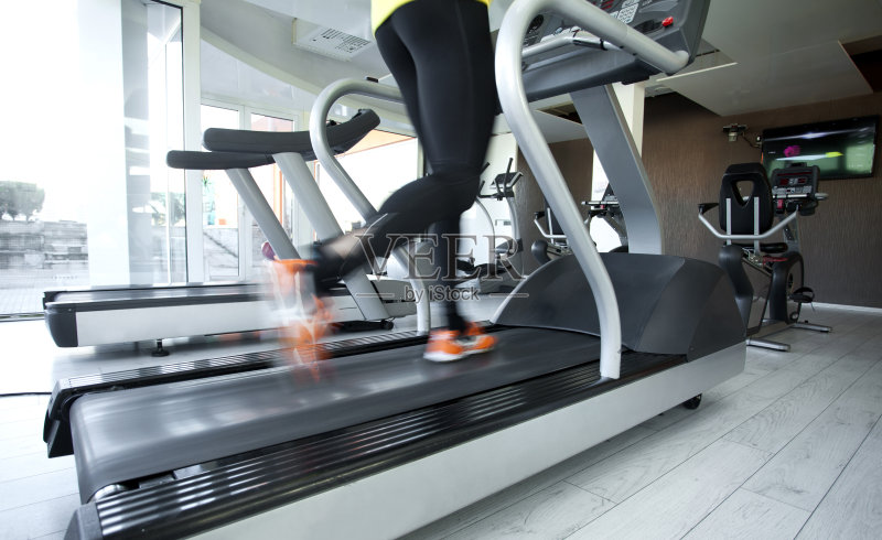 献 例行公事 健身设备 运动 迅速 女性 室内 生活方式 健身器械 动态动图片