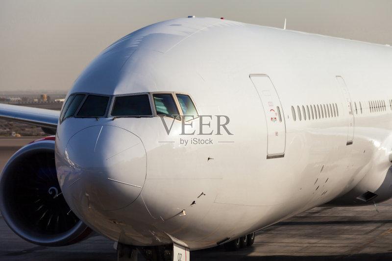 化 私人飞机 波音777 乘客 飞机 运输 容器 空白的 波音公司 奋斗 车门