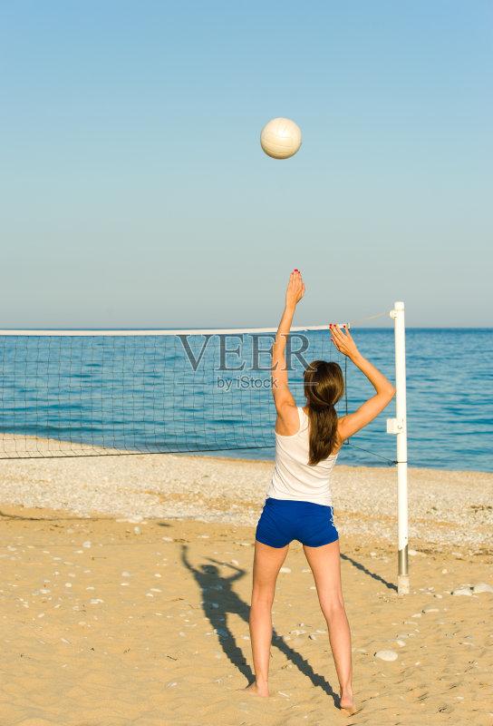 击 竞技运动 海滩 户外 进行中 沙滩排球 网 活动 苗条 设备用品 截击