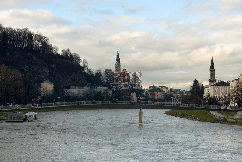 汽车 户外 水灾 运河 教堂 历史 城市 都市风景 树 萨尔察赫河 风景 萨