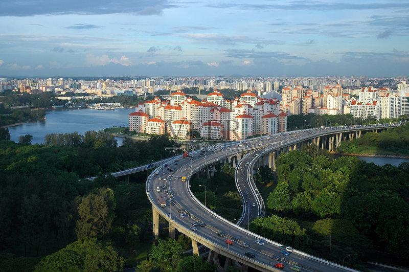 立交桥- 上升 房屋 立交桥 户外 平滑的 行动 长的 身体活动 时间 高处 拱门 居