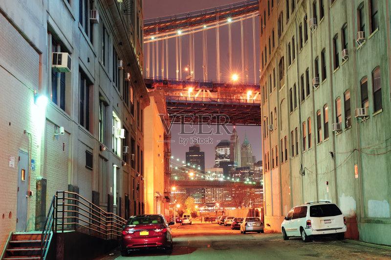 街景-市区路 布鲁克林桥 曼哈顿 照明设备 光 摩天大楼 夜晚 城市 纽约 图片