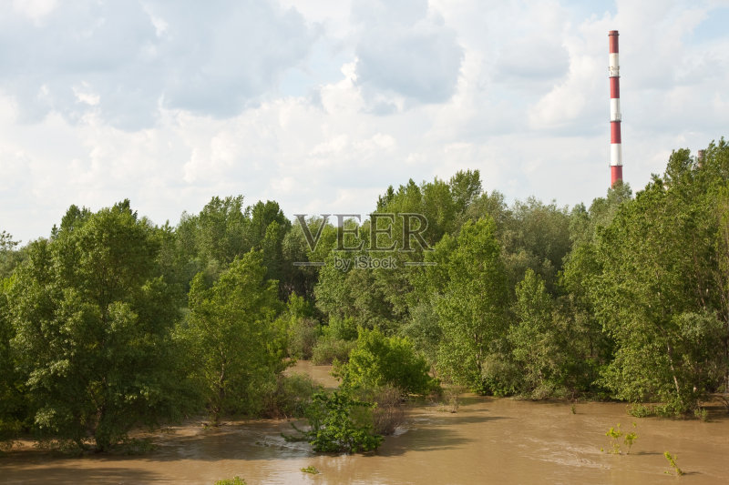 云 空气污染 水灾 绿色 自然灾害 蓝色 无人 污染 发电站 水 褐色 树 偏