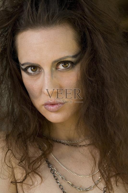 造型-棕色头发 女性 女人 性感 美 彩妆 成年人 性感符号图片