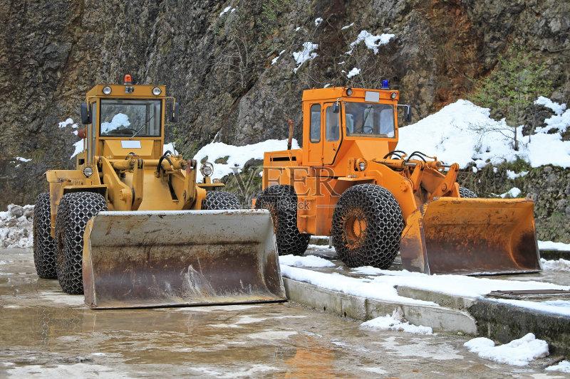 路 设备用品 扫雪车 机器 两个物体 冬季服务 无人 建筑施工车辆 建筑图片