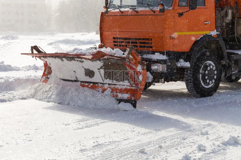 化 服务 冰 扫雪车 堆图片
