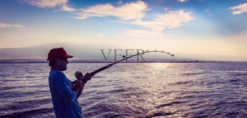 中年男人 曙暮光 黄昏 中年人 宏伟 云景 渔夫 接 咸水钓鱼 美国 户外
