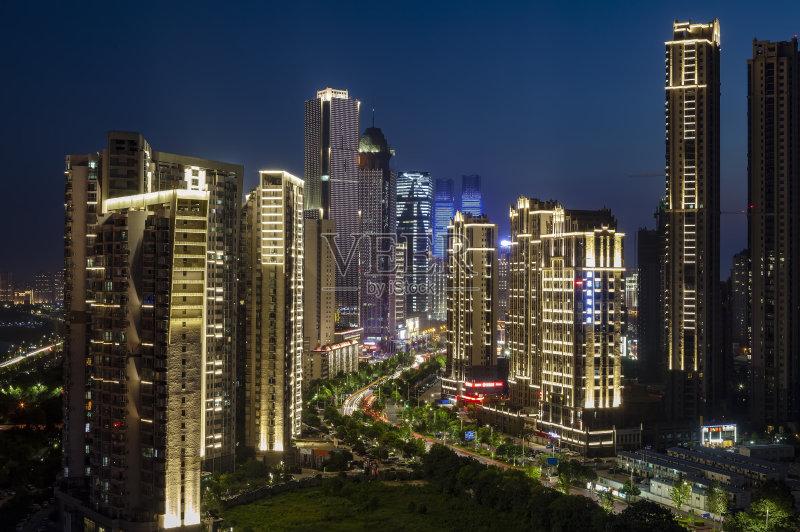 现代 街道 南昌市 户外 交通标志 照亮 照明设备 商业金融和工业 路灯