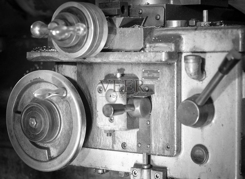 钮 铸造工厂 车床 金属工业 螺丝 车轮
