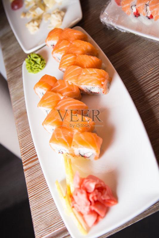 美味食品 日本料理 饮食 健康食物 成分 晚餐 橙色 餐盘 美味 居家装饰