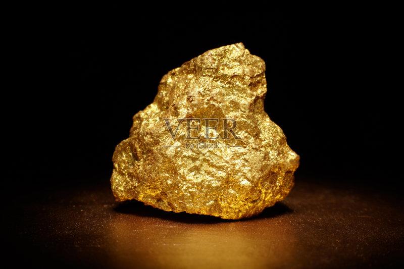 动 黄金 金属矿石 货币 珠宝 财政部 商务