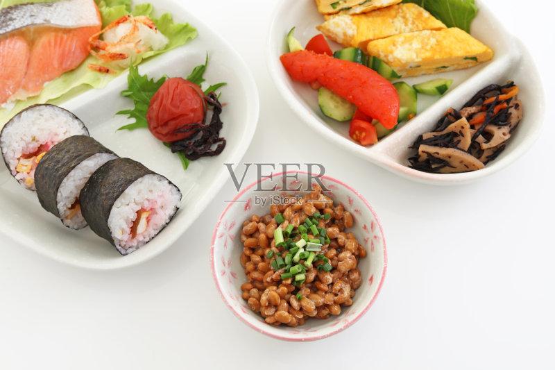 冲绳县 日本料理 鳕鱼 健康食物 蔬菜 早餐 晚餐 配菜 膳食 丰富 寿司