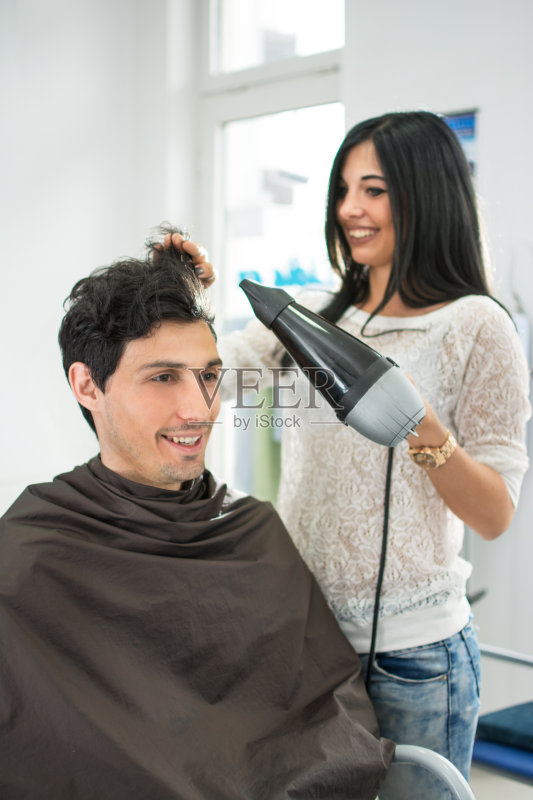 理发-人 吹风机 设计 女人 少女 人的头部 手 男性 美容 职业 女性 干的