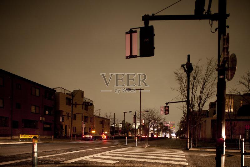 街景-能源 东亚 市区路 打开或关掉 城市生活 暗色 首都 照明设备 日落 图片