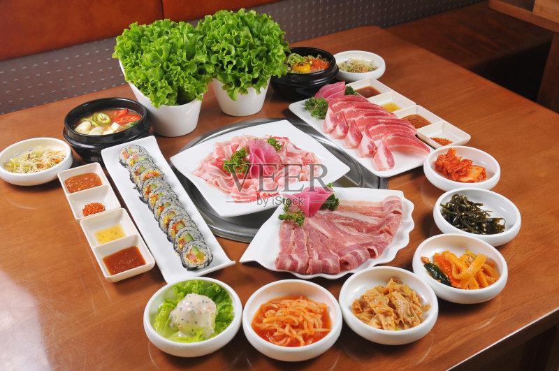 日本 日本料理 健康食物 牛肉 晚餐 汤 寿司 美味 蛋白质 午餐 东亚文化