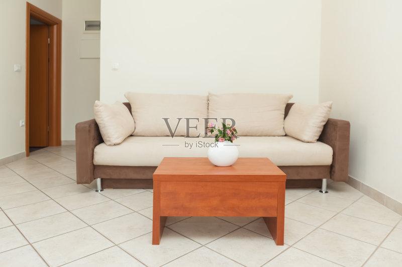 枕头 扶手椅 家具 桌子 公寓 茶几 装饰 室内 华丽的 生活方式 干净 开