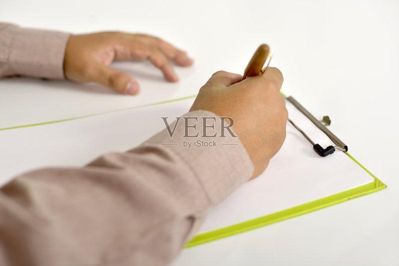 一个人 手指 写字板 圆珠笔 水笔 商务 拿着 写 书 人体 男商人 专门技