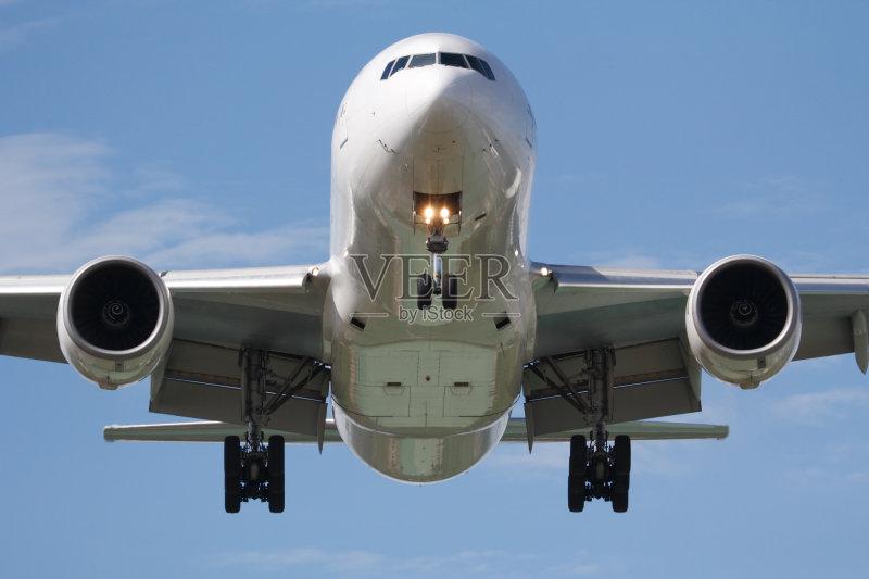 飞行器 波音777 旅行 飞 飞机 运输 着陆 起落架 天空