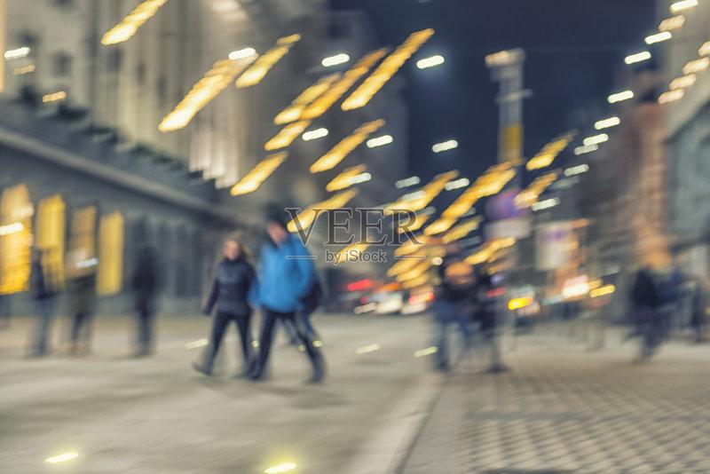 亚 新年前夕 街道 无法辨认的人 户外 旅游 照亮 城市生活 首都 路灯 图片