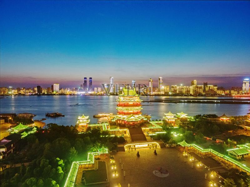 南昌市-文化 旅途 建筑结构 建筑业 红色 屋顶 江西省 天空 北京 宗教 亚