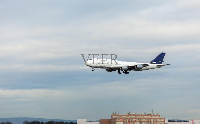飞行器 机翼 波音777 白色 航空业 商业金融和工业 商用机 飞机 运输 货