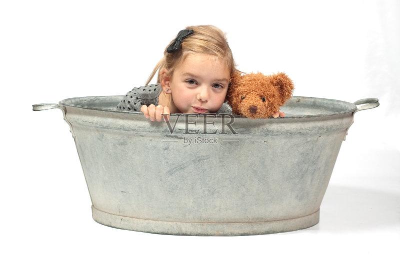 背景 金属板 洗澡 成品 儿童 生活方式 洗澡盆图片