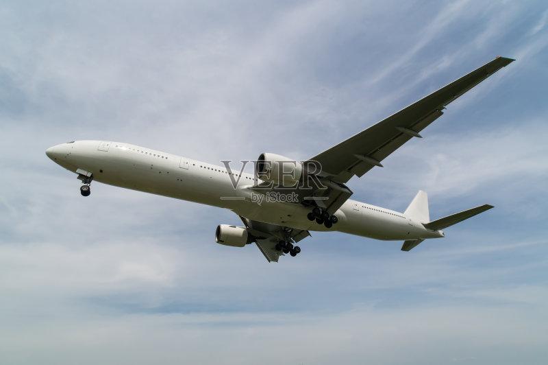 日本 飞行器 波音777 商用机 飞机 运输 天空 大阪府 大阪国际机场 2015